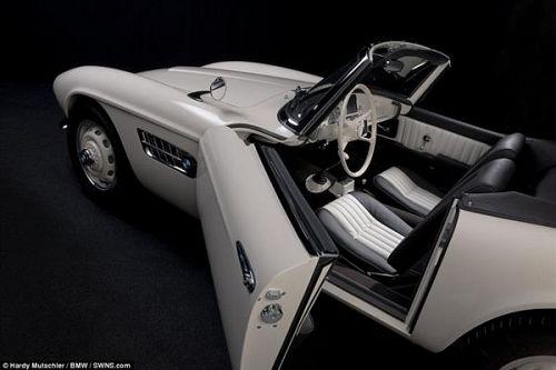 Elvisov dirkalni BMW ponovno oživi s pomočjo 3D-tiska